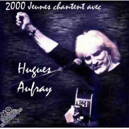 2000 jeunes chantent avec Hugues Aufray